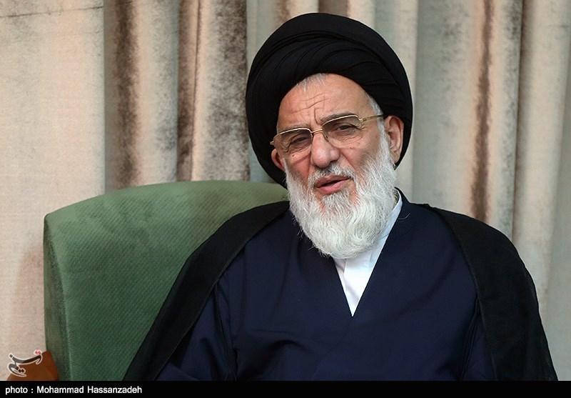 دفتر آیتالله شاهرودی درخواست حکم حکومتی برای #احمدینژاد را تکذیب کرد