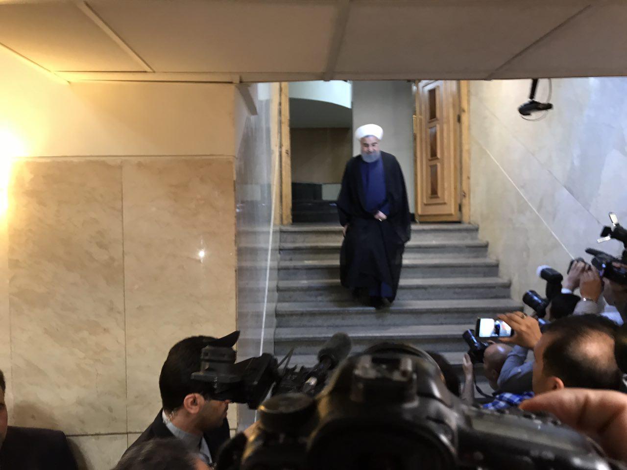 «حسن روحانی» در انتخابات ریاستجمهوری ۹۶ ثبتنام کرد + تصاویر