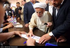تصاویر لحظه شرکت آیت الله جنتی در انتخابات ریاست جمهوری و شورای شهر تهران