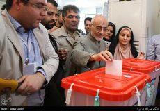تصاویر لحظه شرکت سید مصطفی میرسلیم در انتخابات ریاست جمهوری و شورای شهر تهران