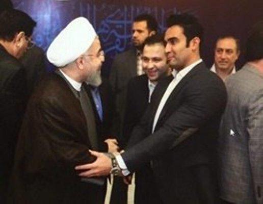 عکس جنجالی حسن #روحانی در کنار پوریا پورسرخ بازیگر محبوب کشورمان!